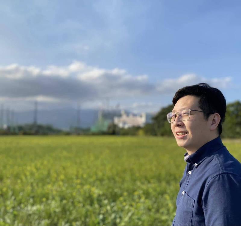 對於普發5千元,王浩宇今(29)日在臉書發文指出,「所有議員服務處都被打爆了,市府單位也接電話接到手軟,但就是沒有這5000元,因為根本不可能有錢發。」(取材王浩宇臉書)