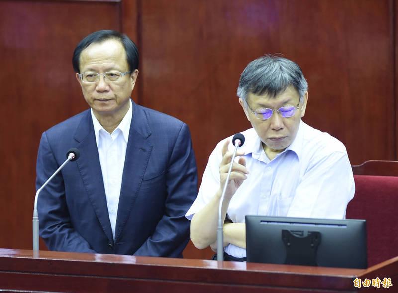 台北市長柯文哲與時任警察局長陳嘉昌。(資料照)