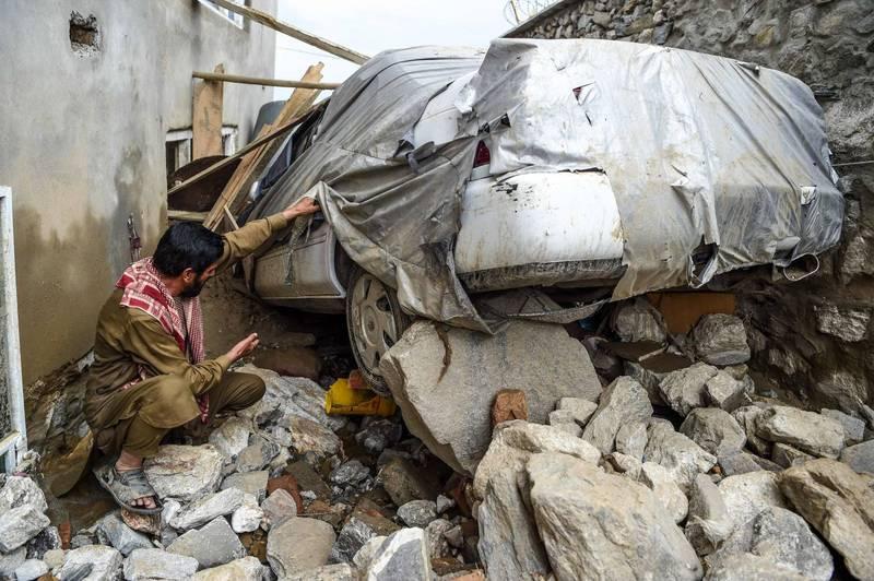 阿富汗東部1個受伊斯蘭激進組織「神學士」控制的地區受到暴洪侵襲,造成至少40人死亡。圖為2020年阿富汗受到暴洪侵襲狀況。(法新社)