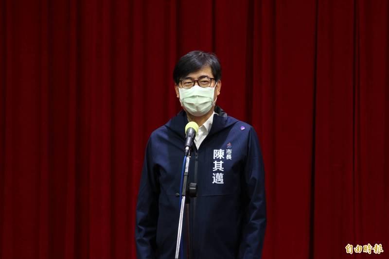 日本前首相安倍晉三有意來台弔唁李登輝,高雄市長陳其邁覺得非常的溫暖。(記者李惠洲攝)