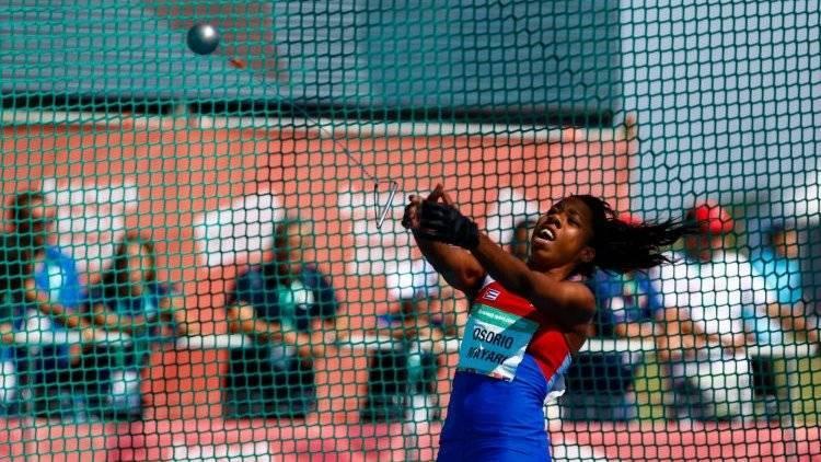 年僅19歲的古巴運動員瑪雅麗日前不慎遭鏈球重擊頭部,昏迷3個月後仍不幸離世。(翻攝自推特)