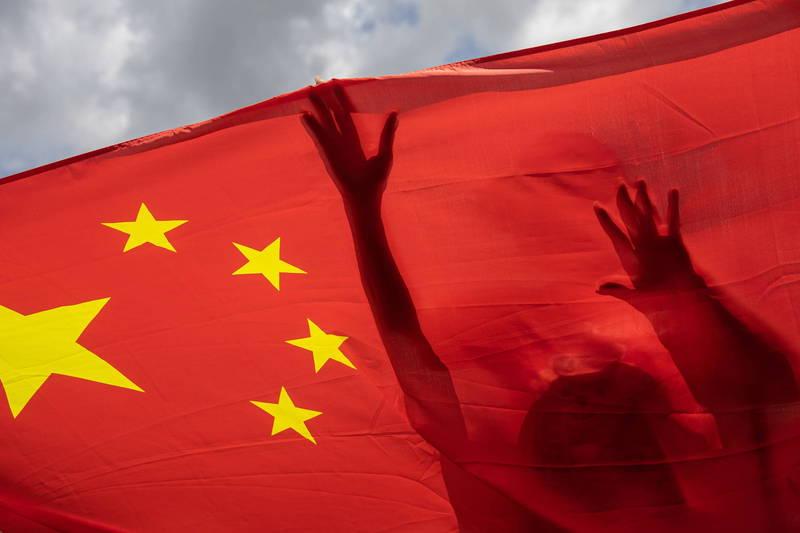 1名熟諳中文的紀錄片導演兼網紅馬修.泰(見圖)在中國居住10年,去年7月攜家帶眷逃離中國,他在本月29日接受外媒專訪時說:「在中國,自由都是表面的」。(歐新社檔案照)