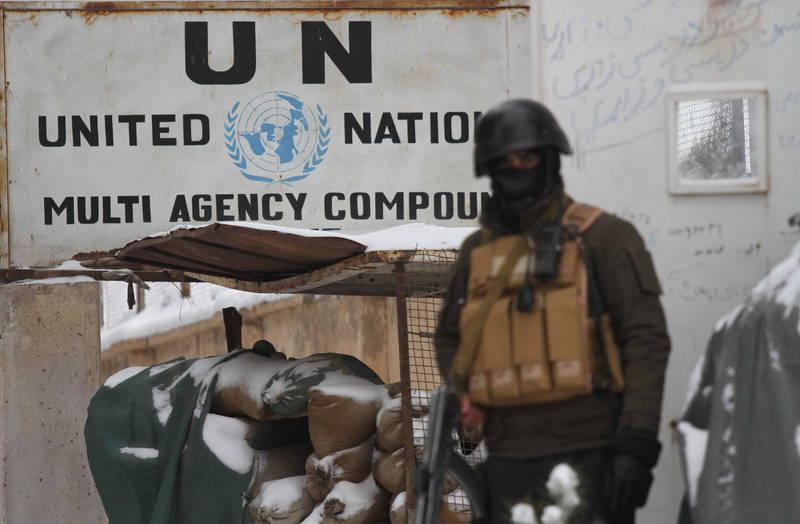 阿富汗赫拉特省一處聯合國設施近日遭到塔利班成員襲擊,造成人員傷亡,對此,聯合國警告類似行為恐構成戰爭罪。(歐新社)