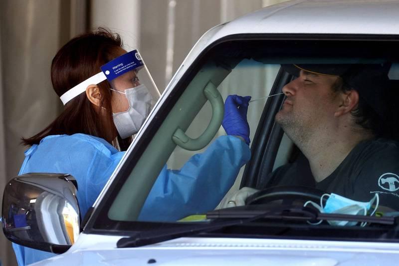 澳洲Delta疫情擴散,昆士蘭州7月31日新增6人確診,使得人口達數百萬的昆州東南部陷入3天封鎖。布里斯本採檢示意圖。(法新社)