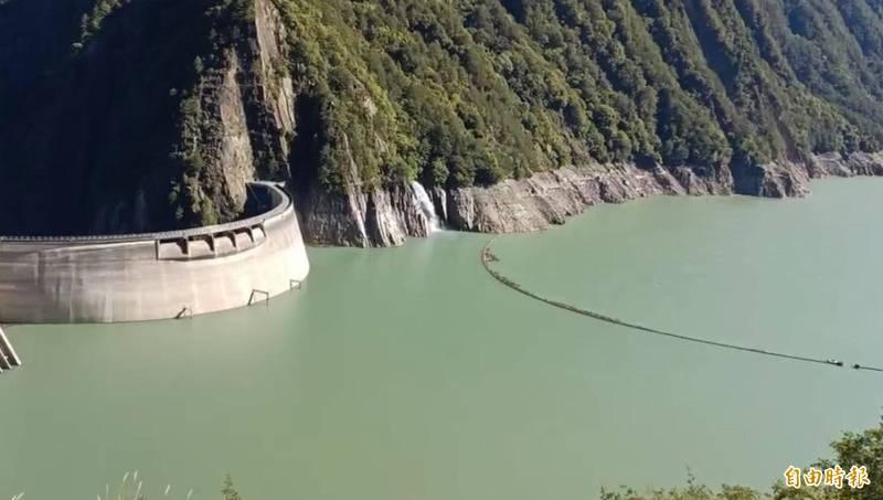 德基水庫再進帳174萬噸,蓄水率終於突破60%。(記者歐素美攝)