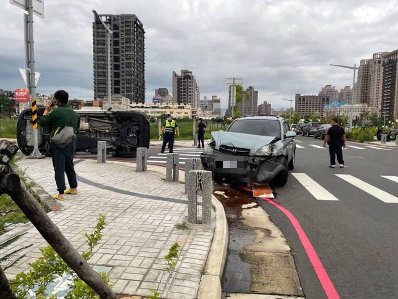 發生車禍現場是無號誌路口。(民眾提供)