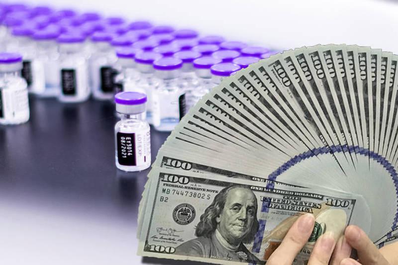 輝瑞公司在6月時曾表示,是以「非營利價格」向美方出售5億劑疫苗,分發給全球100多個國家。(本報合成)