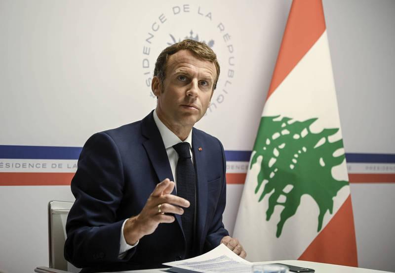 法國總統馬克宏透過視訊會議,邀請多國一同援助黎巴嫩人民。(美聯社)