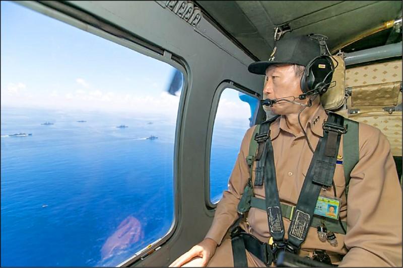 前參謀總長李喜明近期接受「美國之音」專訪時指出,台灣安全不能寄望於中國善意及美國友誼,建構「刺蝟台灣」以小搏大的不對稱戰力,讓中共達不到戰爭目的,才是唯一出路。(取自國防部發言人臉書)