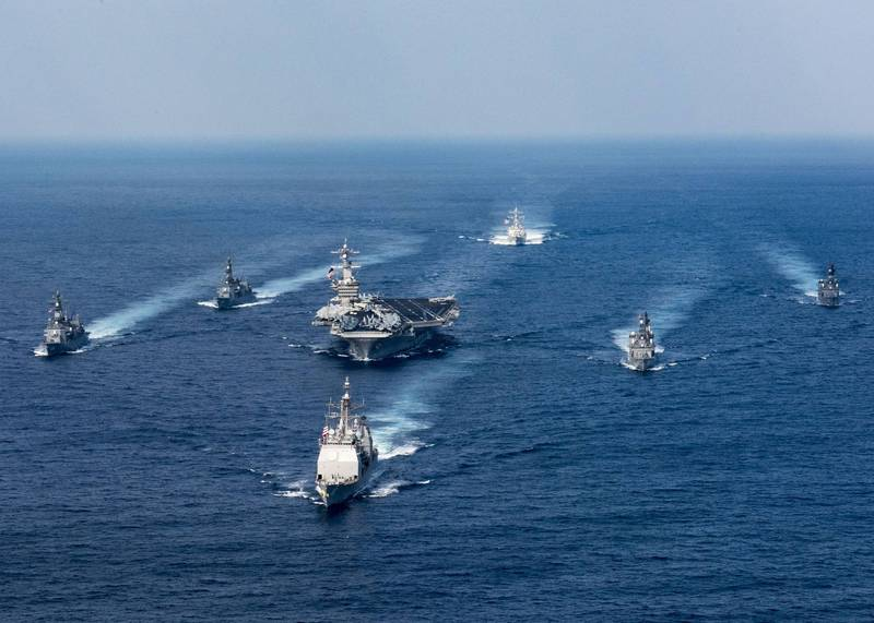 美國軍事記者艾克塞表示,若中國解放軍試圖包圍台灣,美日的部署將令解放軍「望而生畏」。圖為2017美日海上演習。(法新社檔案照)