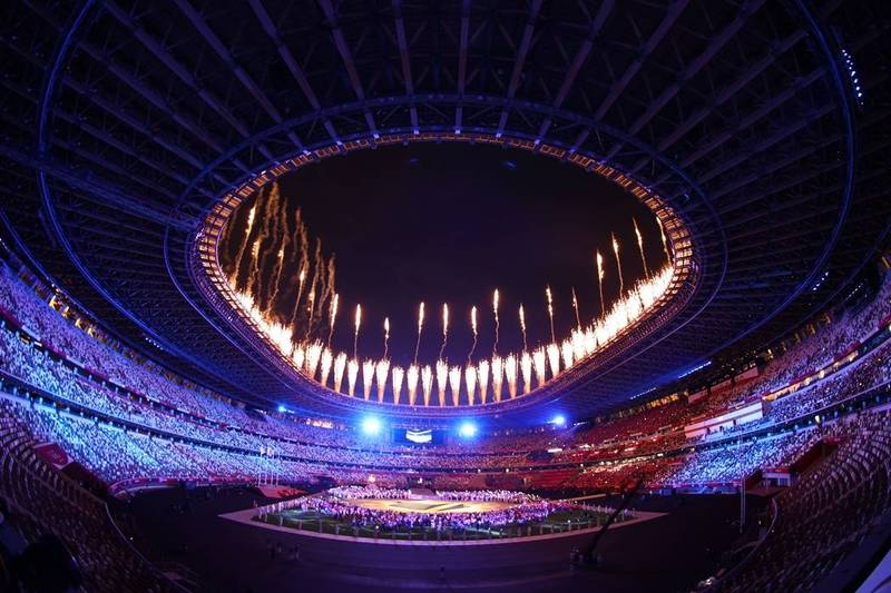 根據第32屆夏季奧林匹克運動會組織委員會9日公告統計,東京奧運8日新增28例,使東京奧運累計確診病例數達到458例。圖為東奧閉幕式情況,示意圖。(路透)
