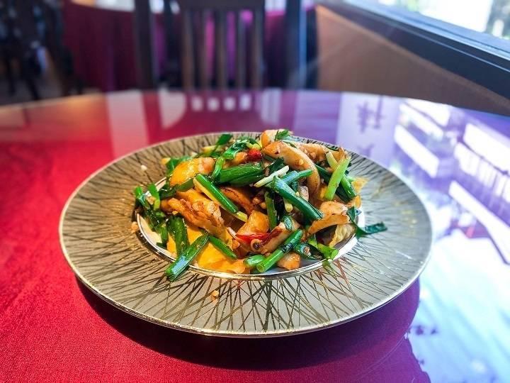 新入選必比登推介的金賞軒小而雅致,提供各式台式料理經典。(台北/台中米其林指南提供)