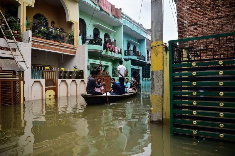 安拉阿巴德市正遭受目前為止最嚴重的洪災。(法新社)