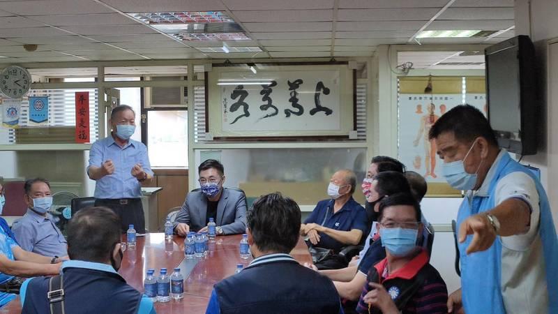 國民黨主席江啟臣到桃園與軍系社團舉行座談。(讀者提供)