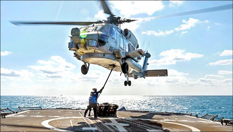 為強化反潛戰力,軍方有意持續爭取向美方採購MH-60R直升機。(取自美國海軍臉書)