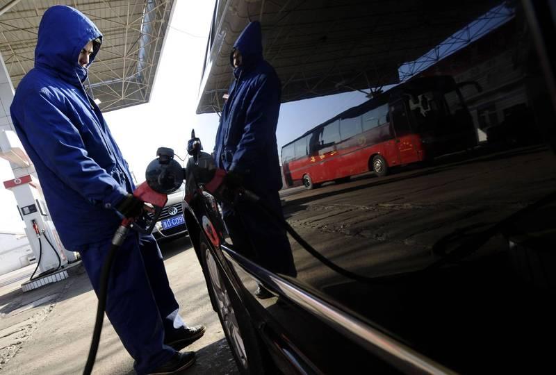 聯合國環境署30日宣布,全球又達到一個新的里程碑,讓含鉛汽油正式走入歷史。示意圖。(路透)