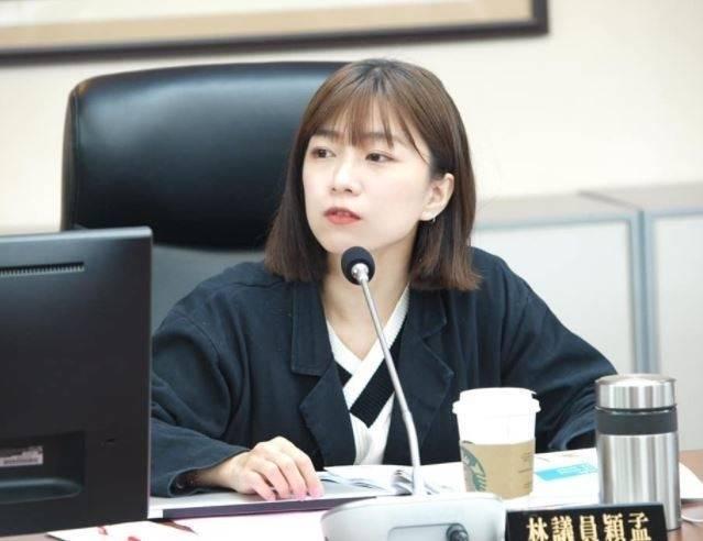 台北市議員林穎孟不滿表示,柯文哲防疫擺爛備受質疑,到底干女性身體什麼事。(圖擷自林穎孟臉書)