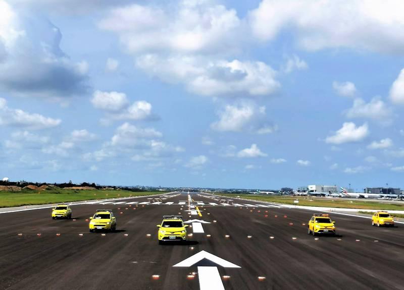 桃園國際機場南跑道(05R/23L)今年8月中竣工,經系列飛航測試與開放前檢查,今(15)日上午10時重新開放航機起降。(圖由桃機公司提供)