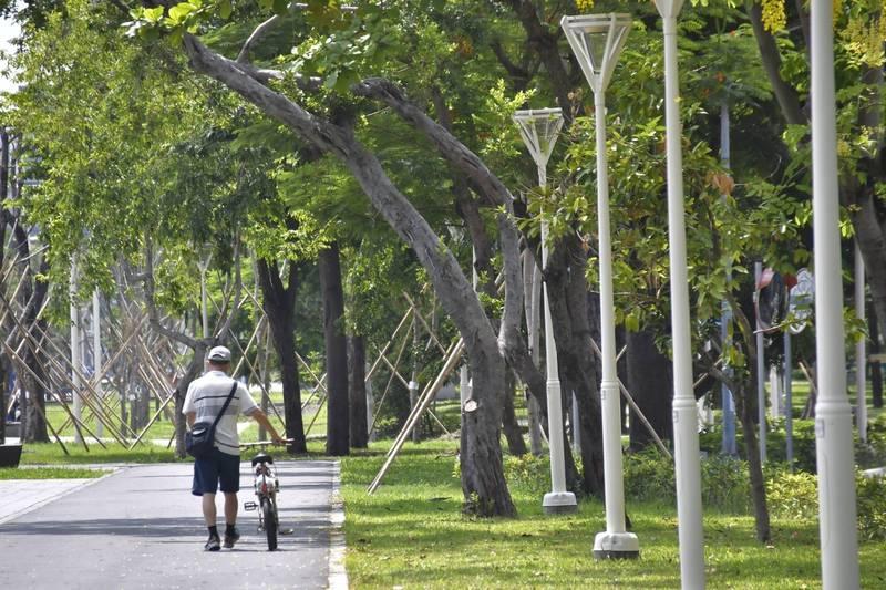高市人均公園綠地蟬聯六都第一。(記者王榮祥翻攝)