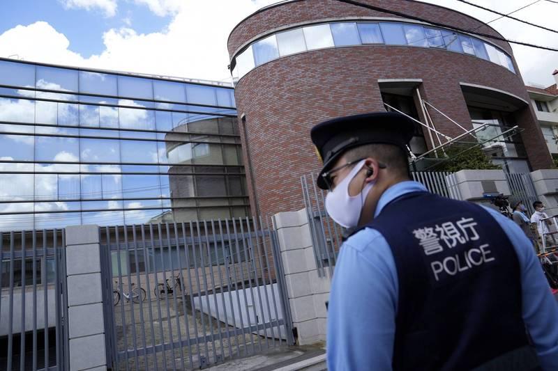 日本警察廳統計,全國警察在8月處理的遺體中,有250人為染疫狀態。(歐新社)