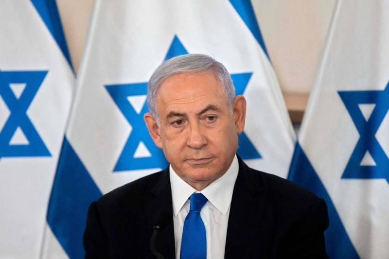 以色列前總理納坦雅胡(見圖)因涉嫌貪腐、欺詐和濫用公款遭到起訴,但一對原定要出庭作證的夫婦,卻被證實在一起希臘墜機事故中罹難。(法新社 )
