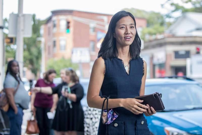 36歲台灣裔美國人吳弭(Michelle Wu)在波士頓市長初選勝出。(法新社)