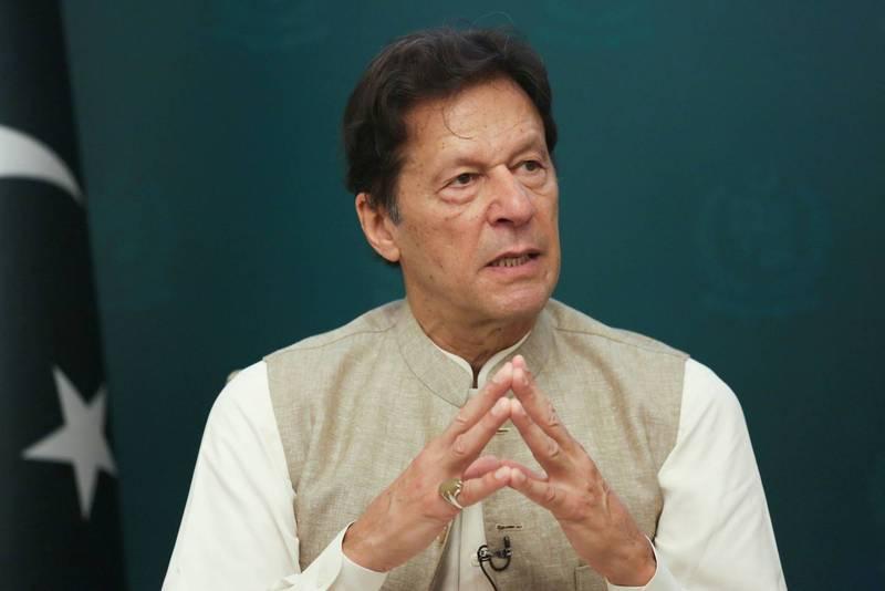 巴基斯坦總理伊姆蘭汗認為,各國應常與神學士接觸,並在女權和包容性政府等議題上,多「激勵」神學士,才是讓阿國政局維穩的最佳方式。(路透)。