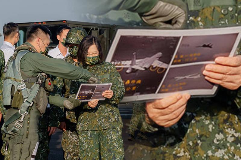 總統府釋出照片,赫然出現我空軍戰機,貼近拍攝到對轟6戰機的攔截監控圖。(總統府flickr,本報合成)