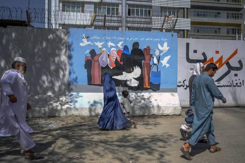 聯合國秘書長古特雷斯表示,阿富汗正處於極端人道災難的邊緣。(法新社)