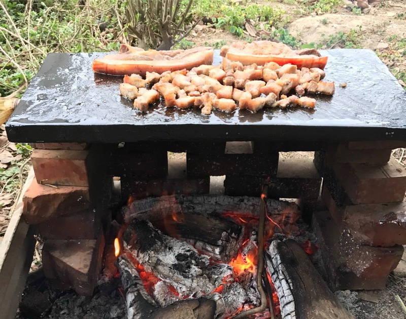 札根零剩餘,台東縣政府呼籲落實「吃多少烤多少」觀念。(台東縣政府提供)