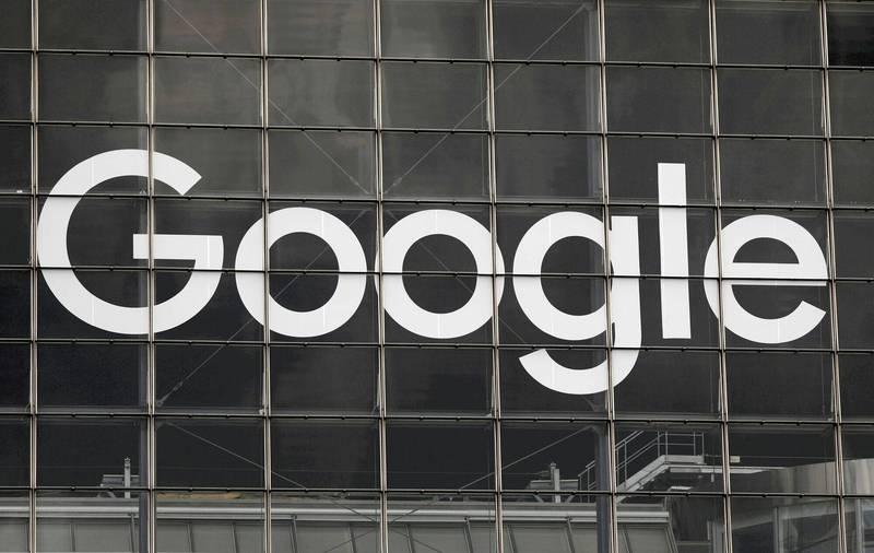 俄羅斯為期3天的國會大選投票預計週日(19日)晚上8點結束,在美國網路巨擘Google遭俄國當局施壓,刪除遭囚禁的反對派領袖納瓦尼(Alexei Navalny)所推薦的候選人名單情況下,國總統普廷所屬的「團結俄羅斯黨」(United Russia)預料將繼續保持國會絕大多數席次。 (路透)