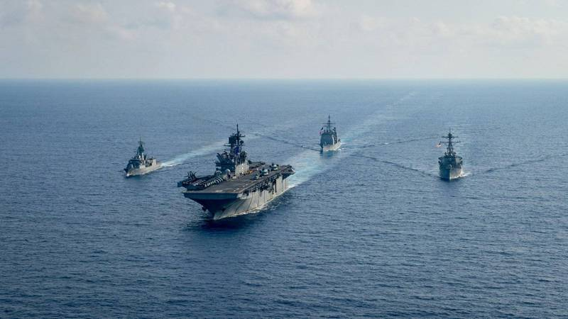美國第七艦隊伯克級神盾驅逐艦貝瑞號(USS Barry,DDG 52)。(路透)