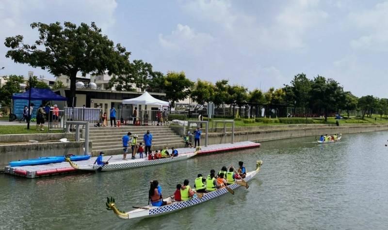 葫蘆墩公園重現龍舟的畫面。(圖由運動局提供)