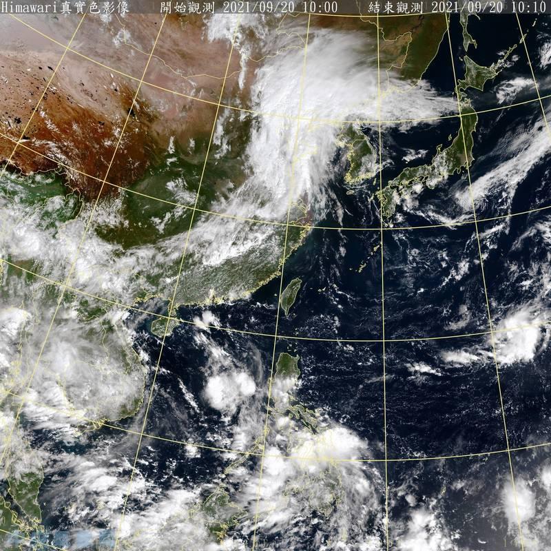 氣象局技正王君賢說,衛星雲圖上台灣附近至華南地區晴朗無雲的地區是高壓影響範圍,未來一週天氣晴朗穩定。(中央氣象局提供)