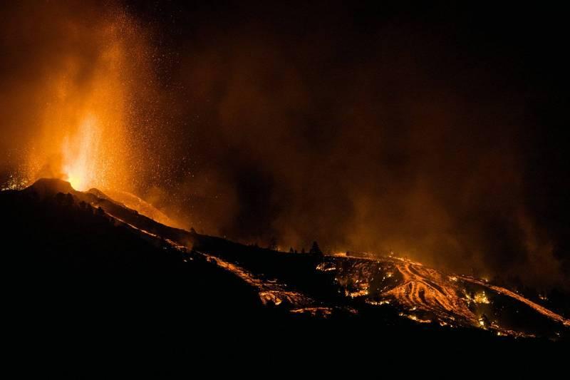 西班牙拉帕馬爾島發生火山噴發。(美聯社)