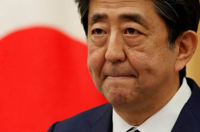 日本前首相安倍晉三在推特發文表示,總統蔡英文今天以民主進步黨主席身分與日本眾議員高市早苗視訊,守護自由與民主的2人舉行會談,世界注目。(路透)
