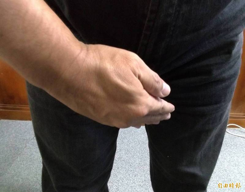 美國一名男子過去2年間,不只尿液和糞便回一起從尿道排出,精液還會從肛門射出。圖為示意圖,非當事人。(資料照,記者王俊忠攝)