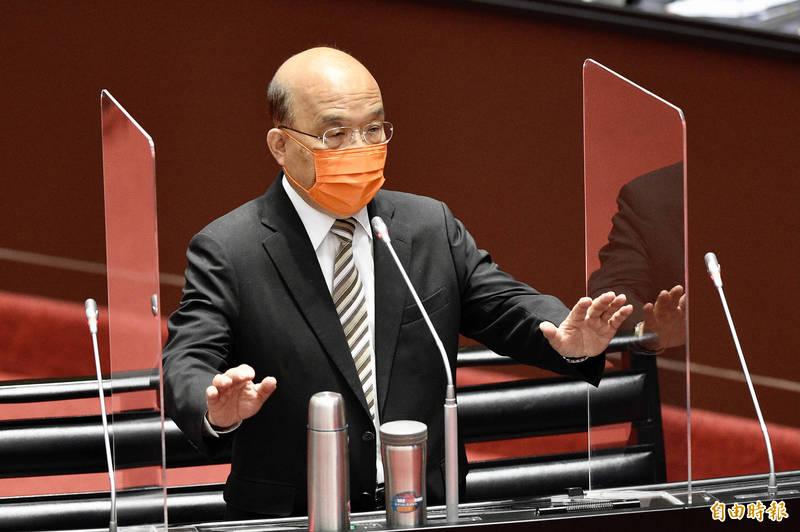 行政院長蘇貞昌今(22)日前往立法院,就新冠疫苗接種、整備、受害救濟等相關事宜提出專案報告並備詢。(記者叢昌瑾攝)
