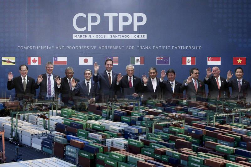 台灣正式宣布將申請加入CPTPP,日本共同社報導,台灣已表明有意與日方討論解除對福島5縣等日本食品的進口禁令。(法新社、歐新社,本報合成)