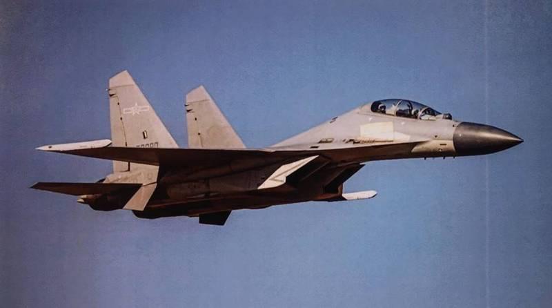 中國解放軍今日派出19架次軍機擾台,其中有14架次為戰鬥機,創下近期最高紀錄。圖為殲-16同型機(國防部提供)