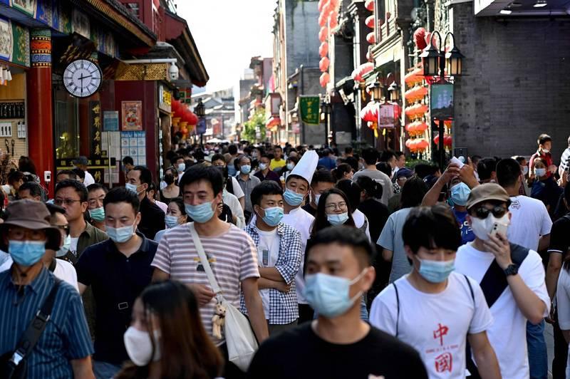 中國國家統計局日前發布《經濟社會發展統計圖表:第七次全國人口普查超大、特大城市人口基本情況》,中國目前超大城市有上海、北京等7大城市,特大城市有武漢、東莞、西安、杭州等14座。圖為北京街景。(法新社)