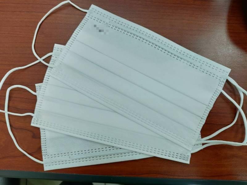 1盒50片口罩開價8萬,賣家被送法辦喊冤「多打2個0」,檢方勘驗他的網拍交易紀錄,認為他的說詞可信,予以不起訴。(資料照)