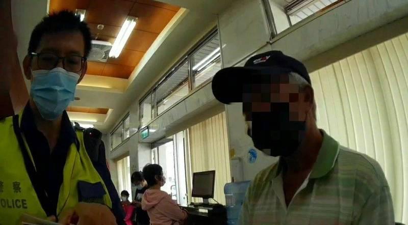 68歲李男因出借帳戶賺取紅利,成詐騙集團車手被移送法辦。(民眾提供)