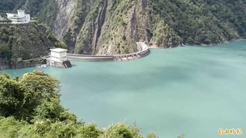 德基水庫水位1405.70公尺,創下今年最高水位紀錄!(記者歐素美攝)