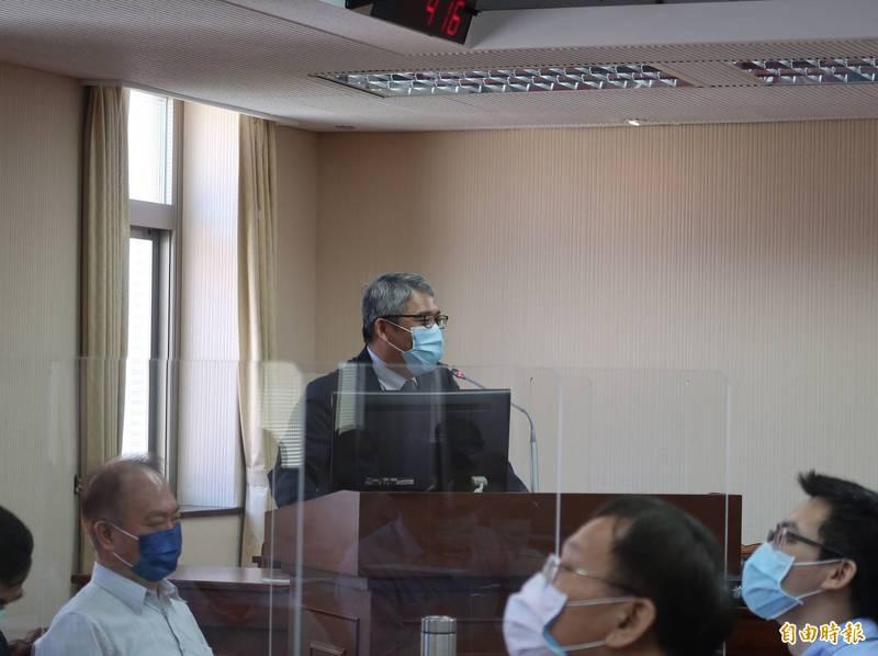 內政部次長花敬群今日表示,許多旅館受疫情影響難以經營,初步鎖定與旅館業者合作,轉軌為社會住宅。(記者陳鈺馥攝)