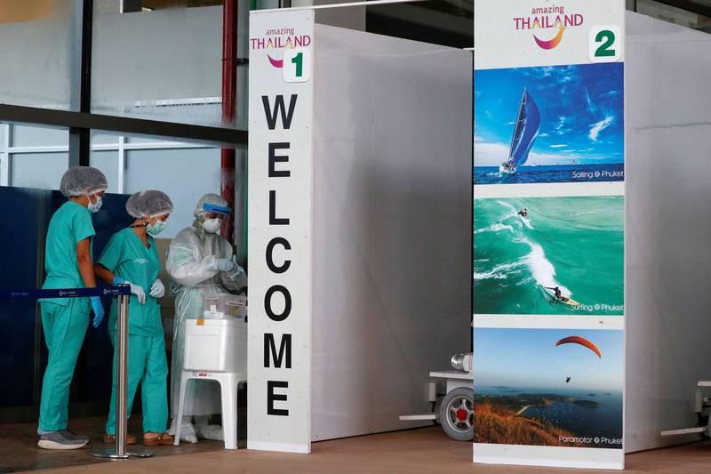 泰國宣布完整接種疫苗入境泰國的旅客隔離期從14天減為7天。(路透檔案照)