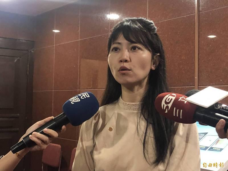 高嘉瑜反駁部分媒體帶風向說她在現場「玩自拍」,她說:「我明明就是意志堅定的堅守崗位」。(資料照)