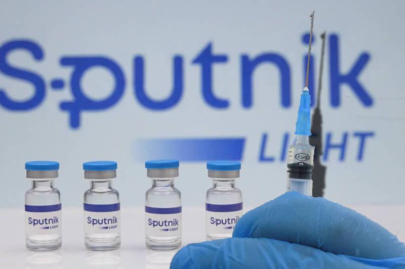 相關數據是基於2萬8000名接種一劑史普尼克輕型疫苗的受試者統計而來。(路透)