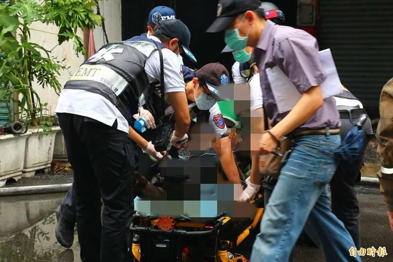 高雄鹽埕城中城大火,造成46人死亡。(記者李惠洲攝)