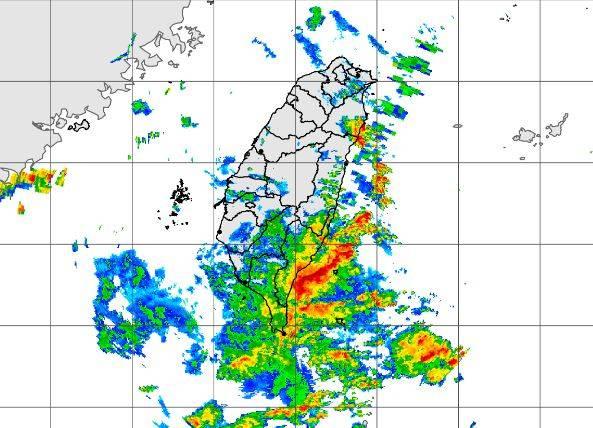 氣象局公布晚間10點20分雷達合成回波圖。(圖擷取自中央氣象局)